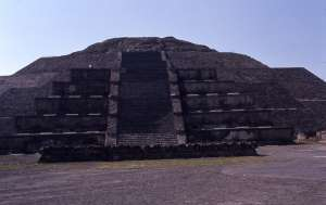 Teotihuacan, a Hold piramis