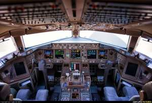 Glass Cockpit, Boeing 777